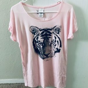 Victoria's Secret Pink VS Pink tee shirt